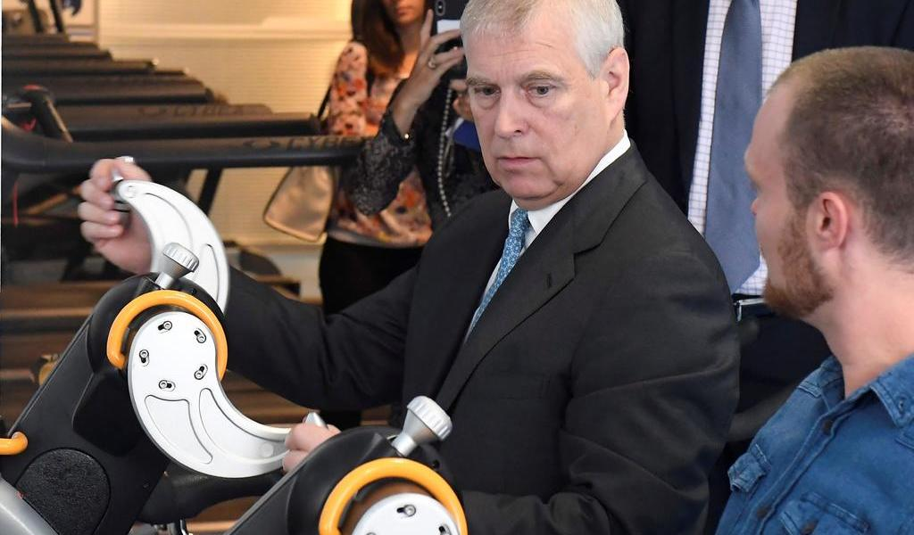 Fiscales de Nueva York piden testimonio del príncipe Andrés en caso Epstein