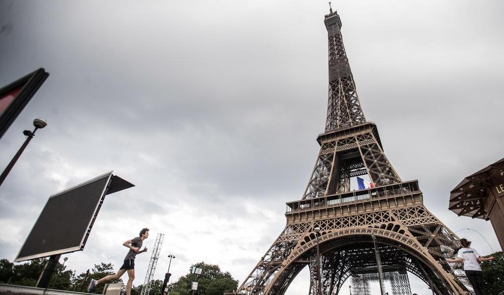 Torre Eiffel reabrirá al público el 25 de junio tras tres meses cerrada