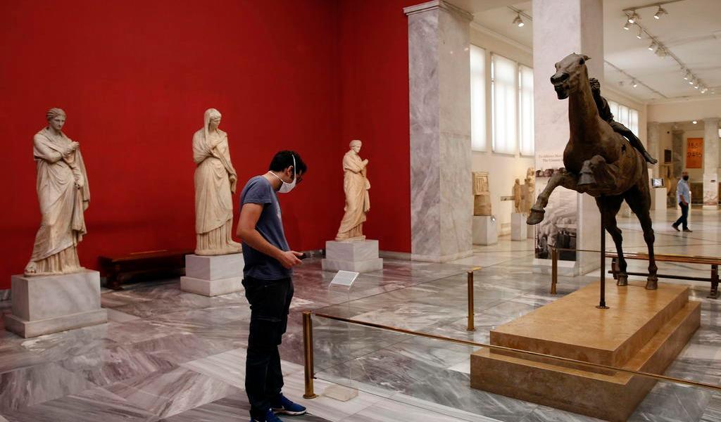 Grecia abre oficialmente al turismo