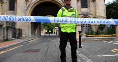 Asesinan a tres personas en Reino Unido; gobierno señala 'incidente terrorista'
