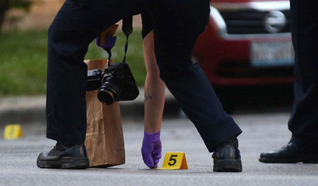 Balaceras en Chicago dejan 14 fallecidos el fin de semana