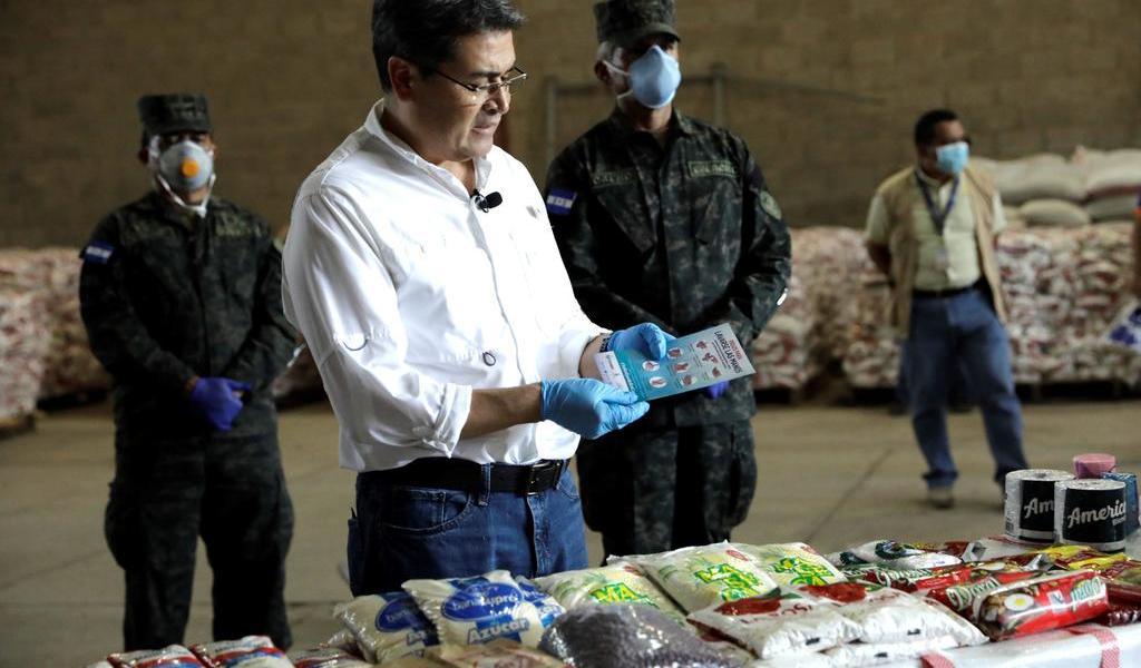 Salud del presidente de Honduras mejora tras recibir oxigeno por COVID-19