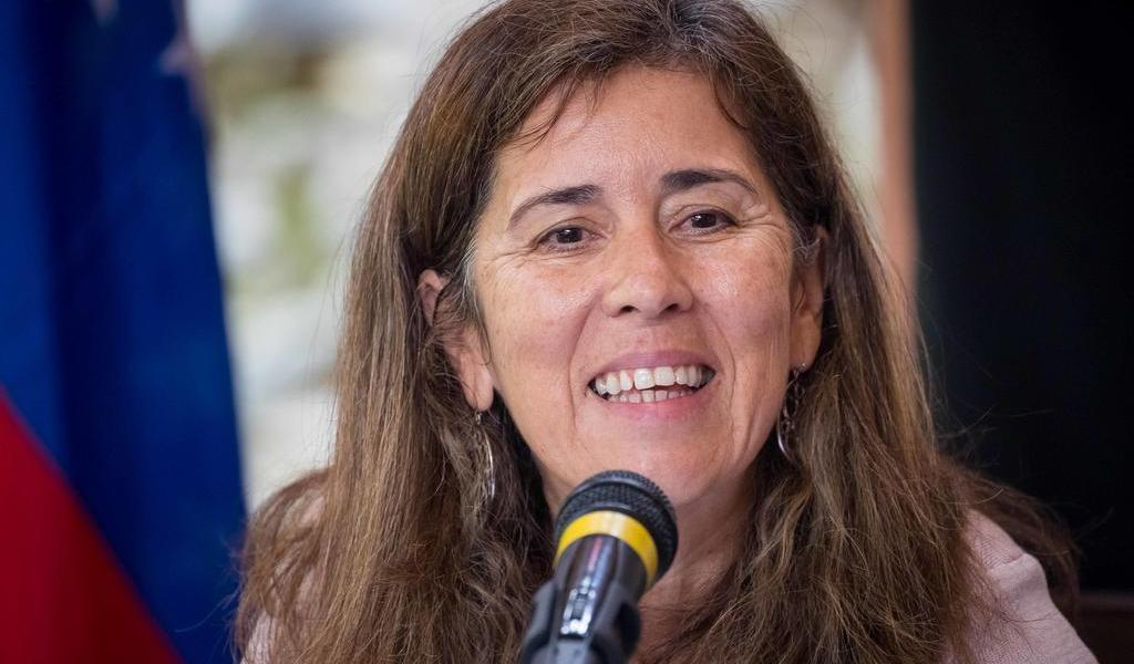 Suspende Venezuela decisión de expulsar a embajadora de la Unión Europea
