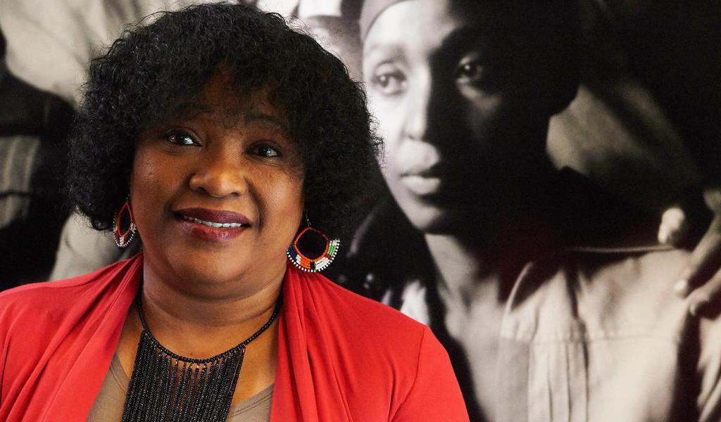 Fallece Zindzi, hija menor de Nelson Mandela