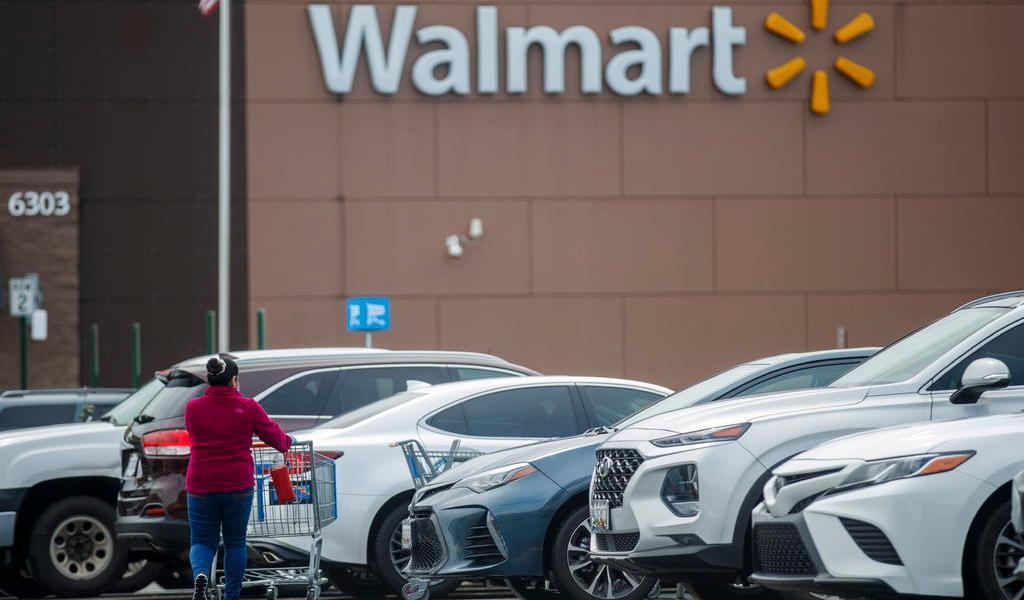 Exigirá Walmart tapabocas a todos sus clientes en EUA