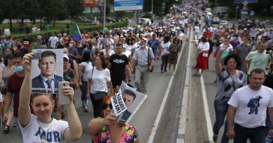 Protestan en Rusia contra arresto de líder opositor
