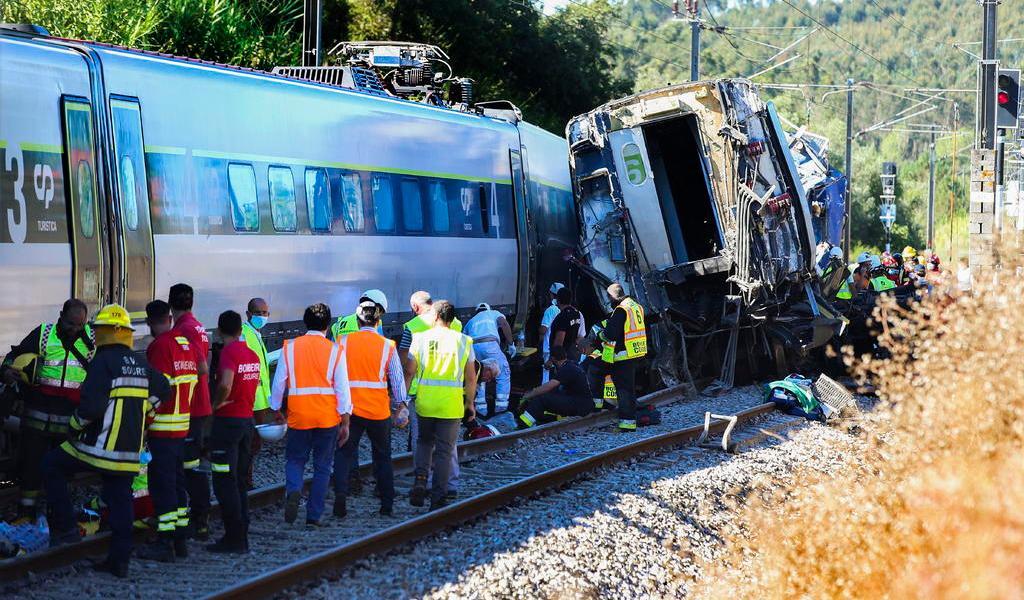 Accidente de tren deja al menos dos muertos en Portugal