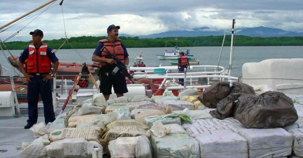 Decomisa 915 kilos de cocaína en dos acciones policiales en Costa Rica