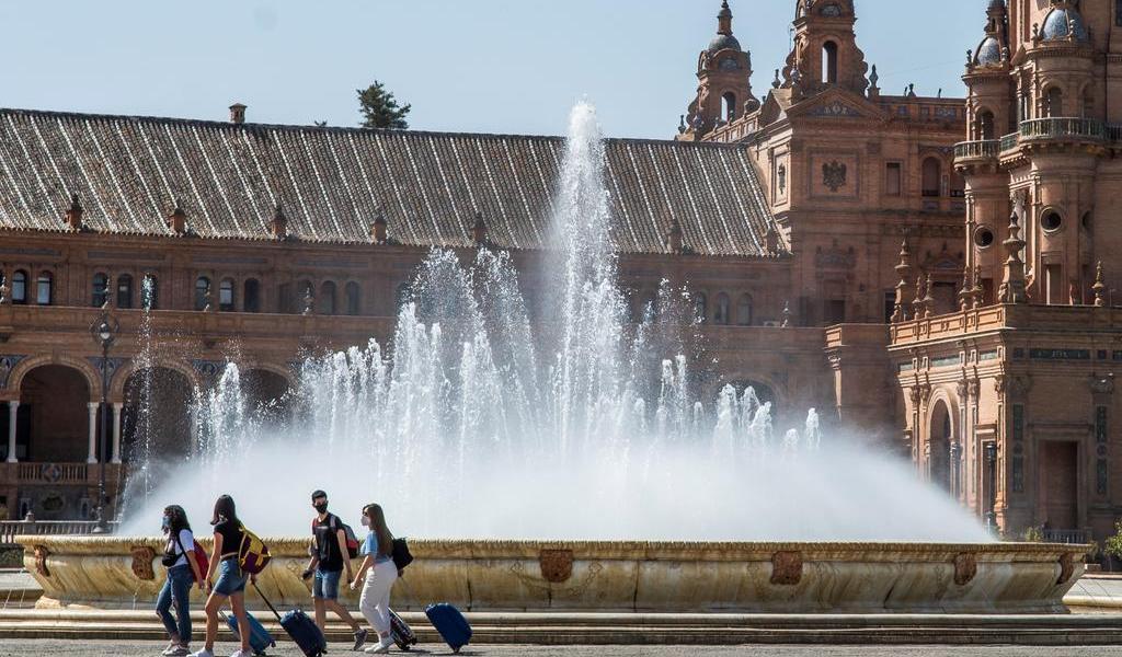 Emite Austria alerta de viaje para España por COVID-19