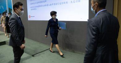 Eleva tono EUA y sanciona a Carrie Lam