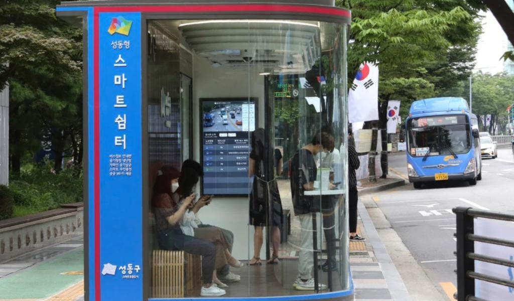 Corea del Sur blinda las paradas de autobús contra el COVID-19