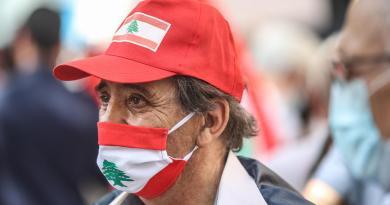Impone Líbano toque de queda nocturno por repunte de COVID-19