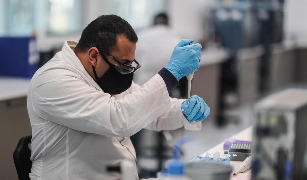 Panamá busca voluntarios para estudio de vacuna alemana contra COVID-19