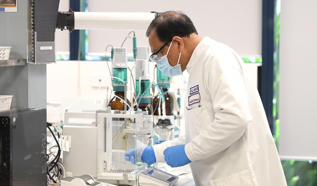 AstraZeneca inicia ensayos clínicos de fármaco contra COVID-19