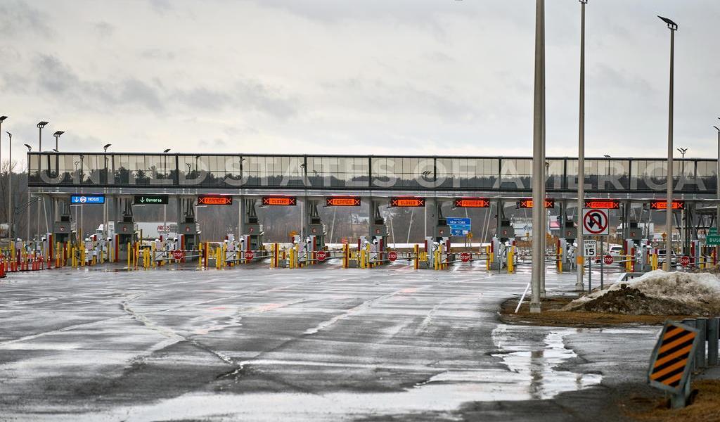 Cierre de frontera EUA-Canadá golpea fuertemente a pueblo