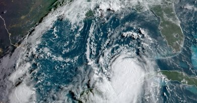 Huracán 'Laura' toma fuerza en el Golfo