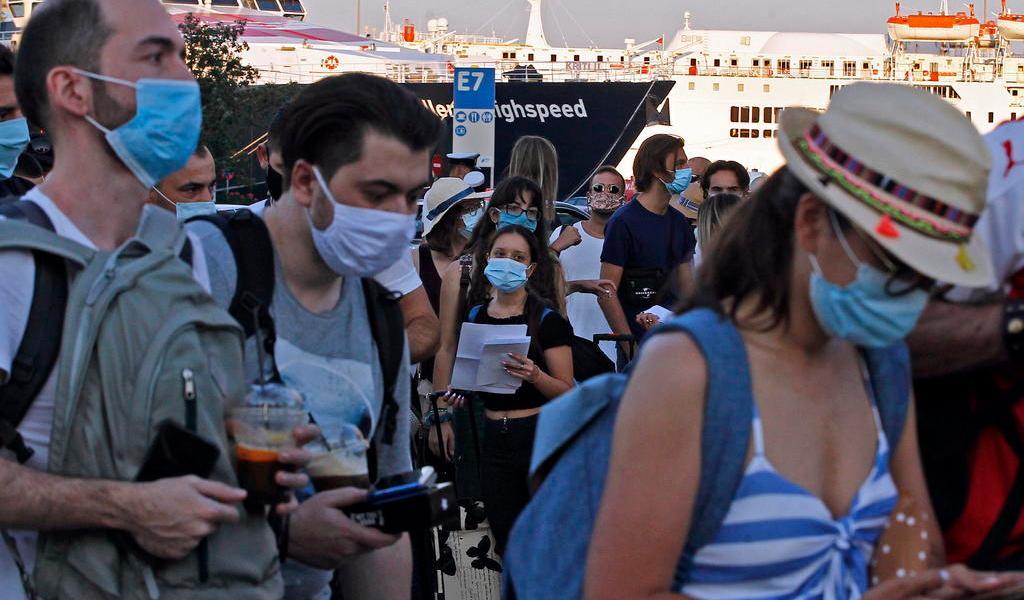 Registra Grecia nuevo récord de casos de COVID-19