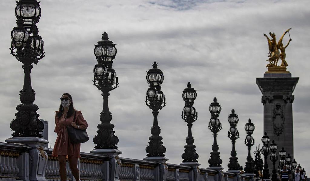 Supera Francia la barrera de los 6 mil contagios de COVID-19 en un día