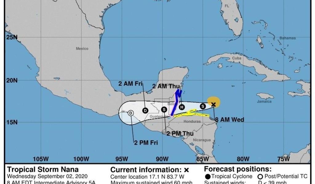 Se debilita 'Nana' rápidamente sobre el norte Guatemala y el sur de México