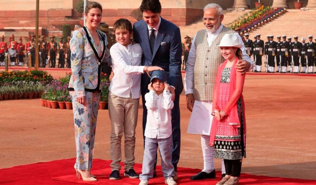 Matrimonio Trudeau decide enviar a sus hijos a la escuela