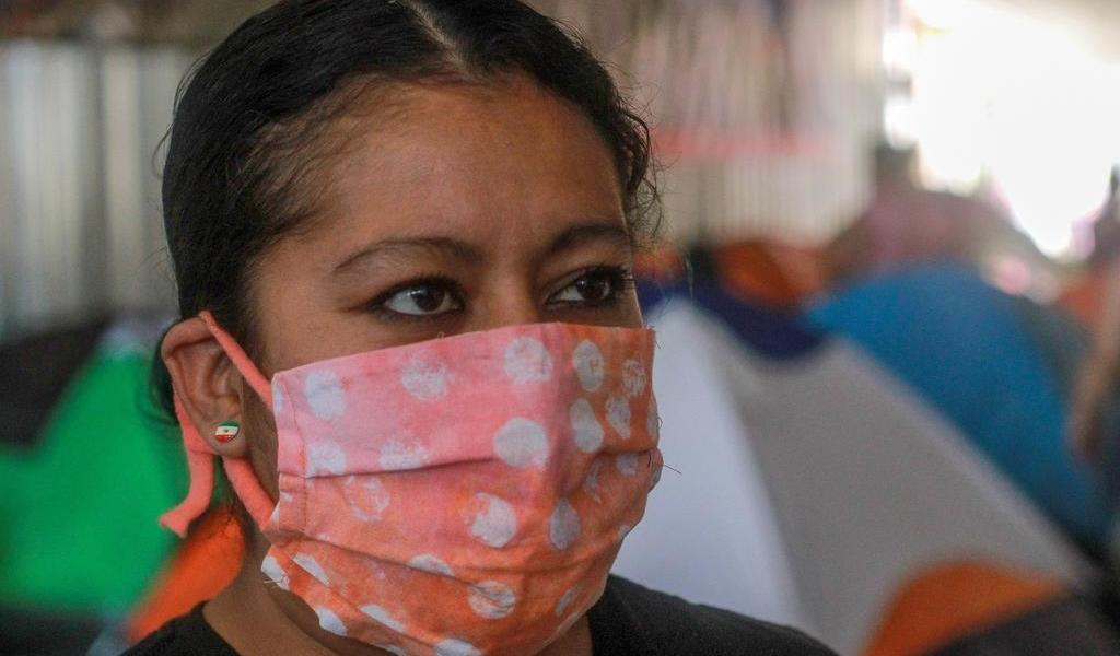 Corte de EUA valida posible deportación de miles de El Salvador y Nicaragua