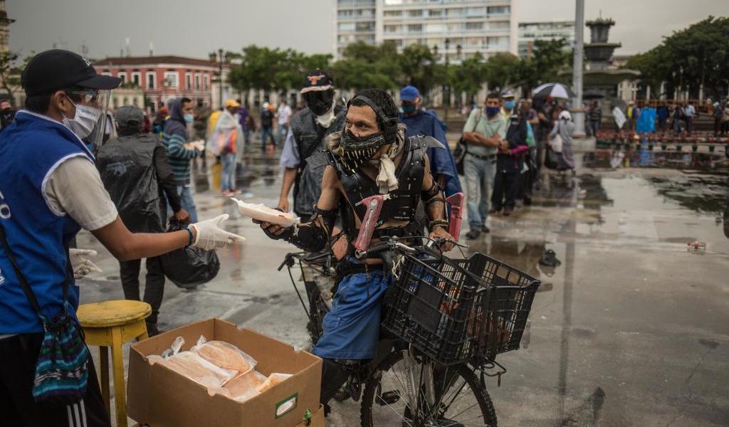 Guatemala suma 27 fallecidos por COVID-19 en 24 horas