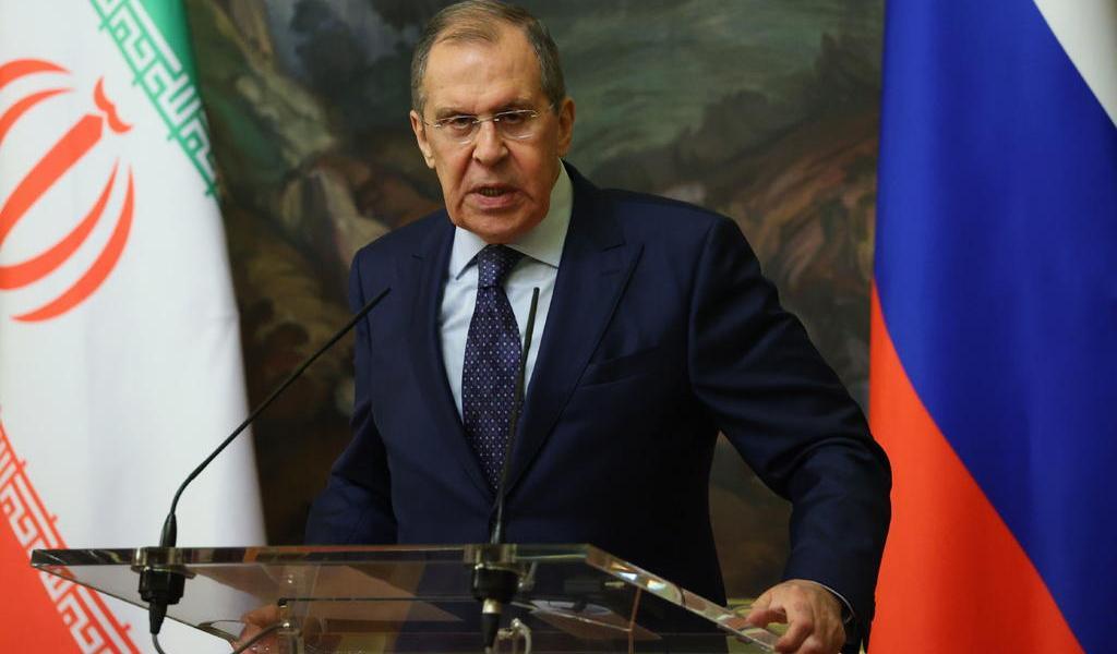 Llama Rusia al cese de combates entre Azerbaiyán y Armenia