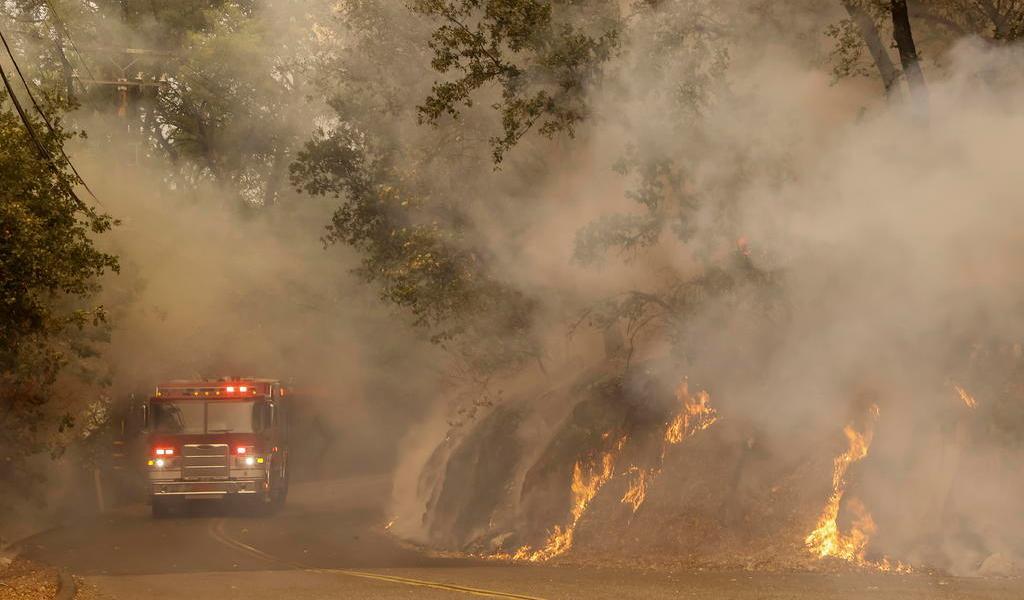 Superficie quemada este año en California duplica el récord anterior