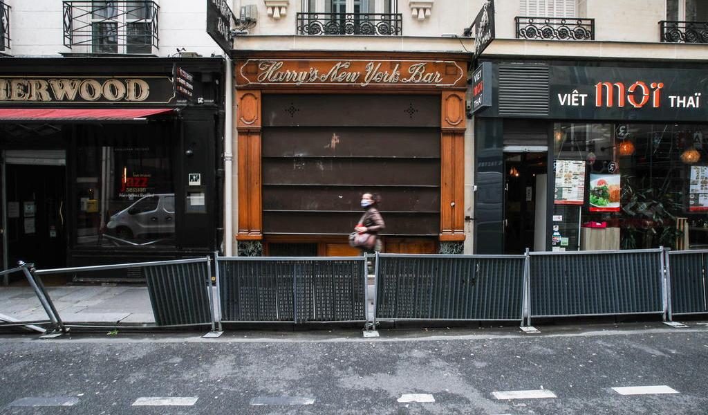 Registra Francia 10,489 casos de COVID-19 en el último día