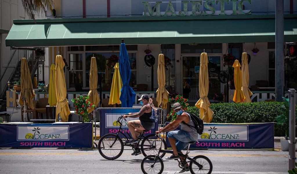 Suma Florida 2,908 casos de COVID-19; hay alarma en escuelas de Miami-Dade