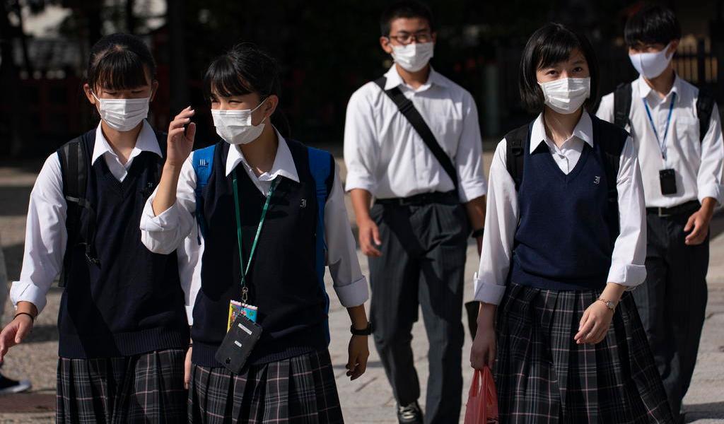 Afirma OMS que Asia controló la pandemia porque no se relajó al bajar casos