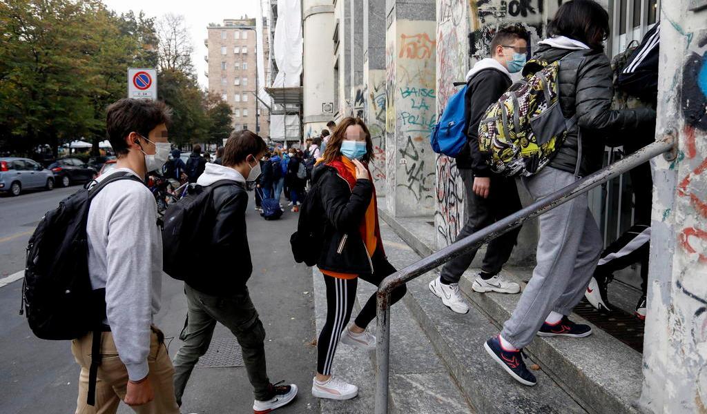 Registra Italia casi 11 mil nuevos contagios de COVID-19