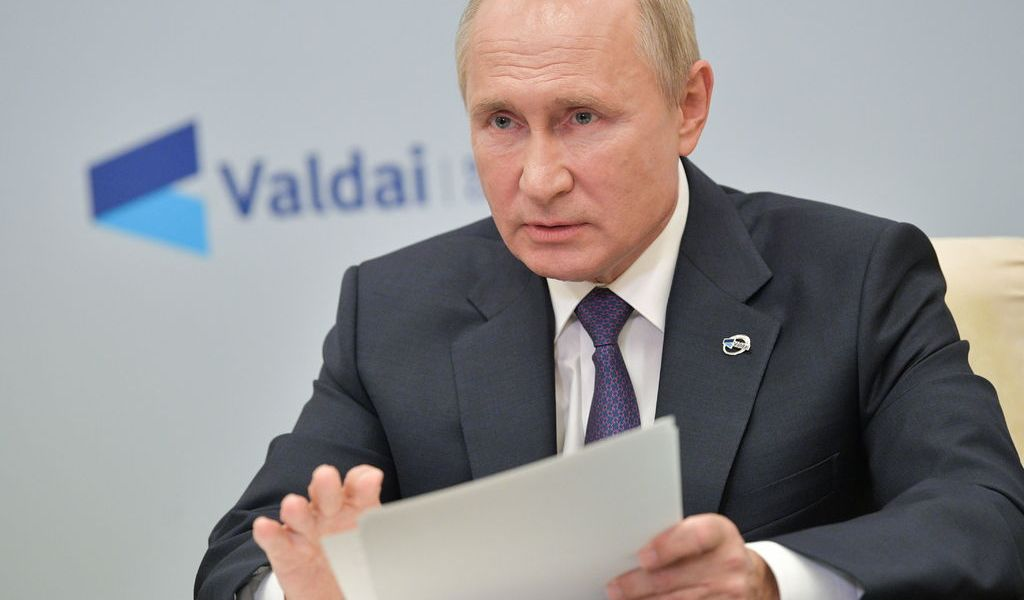 Putin descarta alianza militar Rusia-China