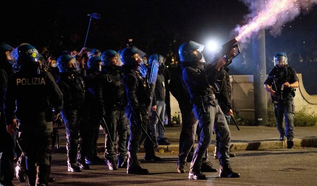 Aumentan protestas y contagios en Europa