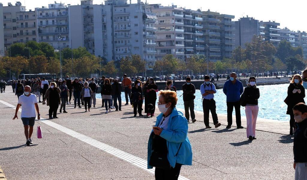 Registra Grecia 1,690 casos de COVID-19; nueva cifra máxima diaria