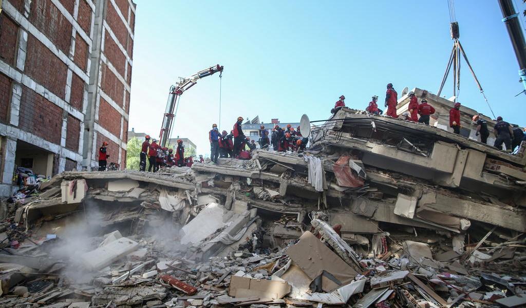 Suman 35 muertes a causa del terremoto en Turquía