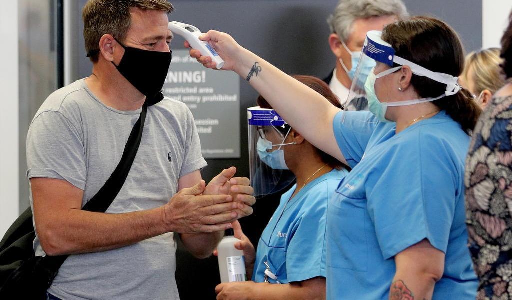 Australia en alerta tras 17 contagios locales de COVID-19