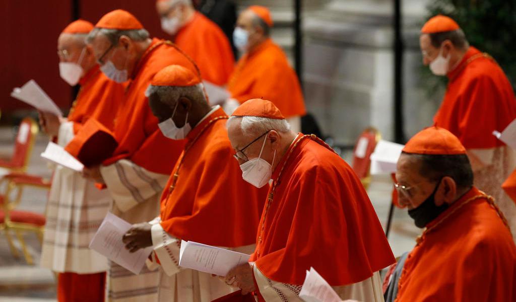 Designa el papa a 13 nuevos cardenales