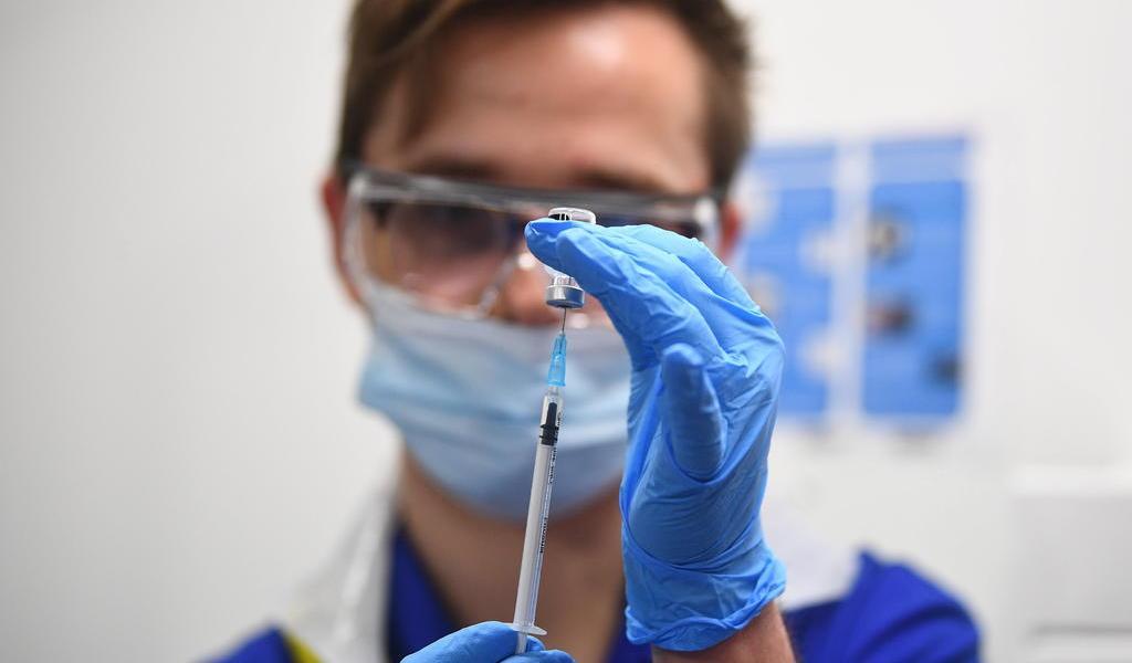 Inicia Puerto Rico la vacunación contra COVID-19