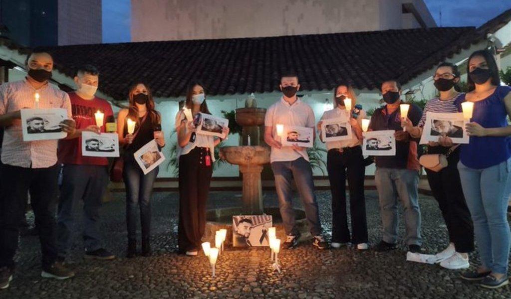 Asesinato de periodista marca violento año en Colombia