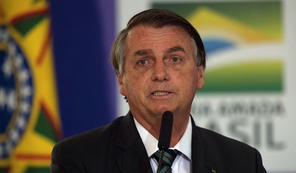 Insiste Bolsonaro en que quien contrajo COVID-19 no debería vacunarse