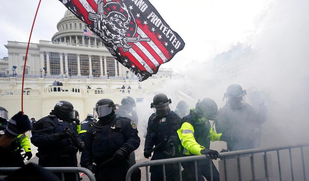 Pentágono activa reserva de Guardia Nacional de EUA para contener caos en Washington