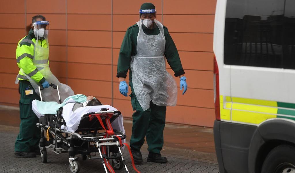 Roza pandemia los 2 millones de muertos tras nuevo récord