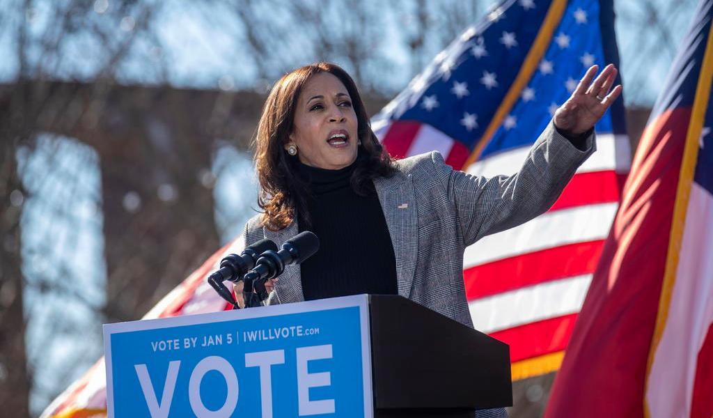 Renunciará Kamala Harris a escaño en Senado de EUA