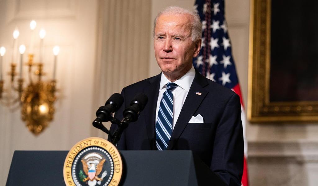 Biden reitera a primer ministro de Japón su 'compromiso' de defender territorio disputado con China