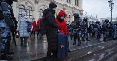 Kremlin apoya 'represiones'