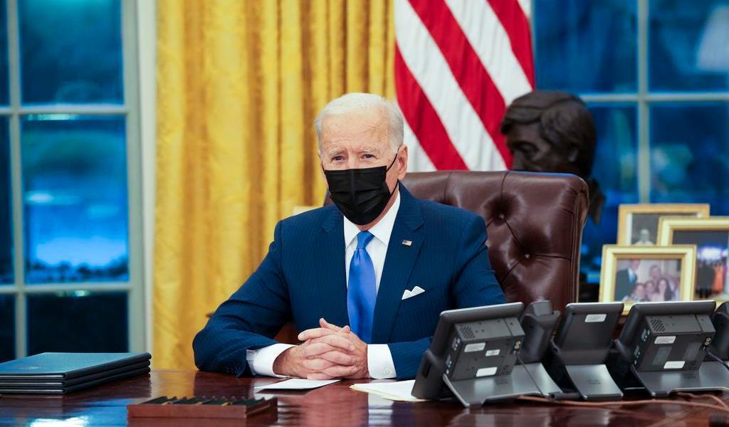 Pide Biden al Congreso que piense 'en grande' sobre rescate