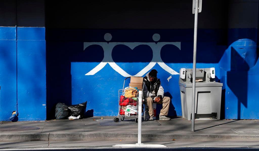 Celebra San Francisco un 'año para los sin techo' en plena crisis de pobreza
