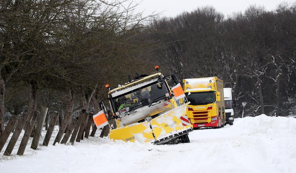 Feroz tormenta invernal azota norte y oeste de Alemania
