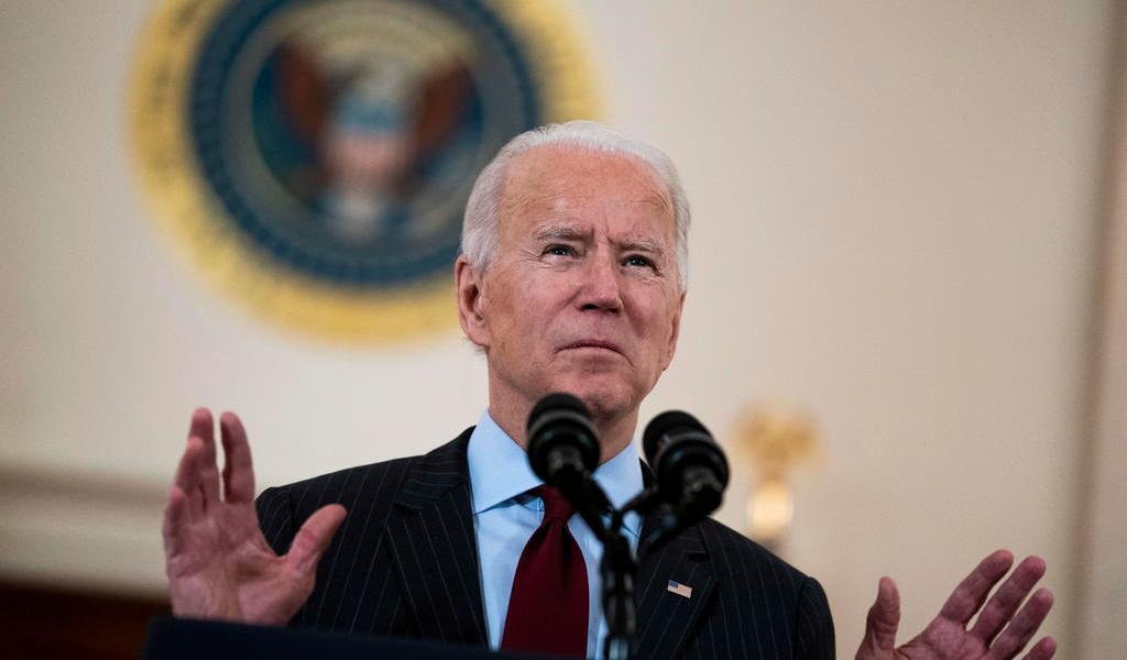 Revisa Biden cadenas de suministro de EUA ante dependencia de China